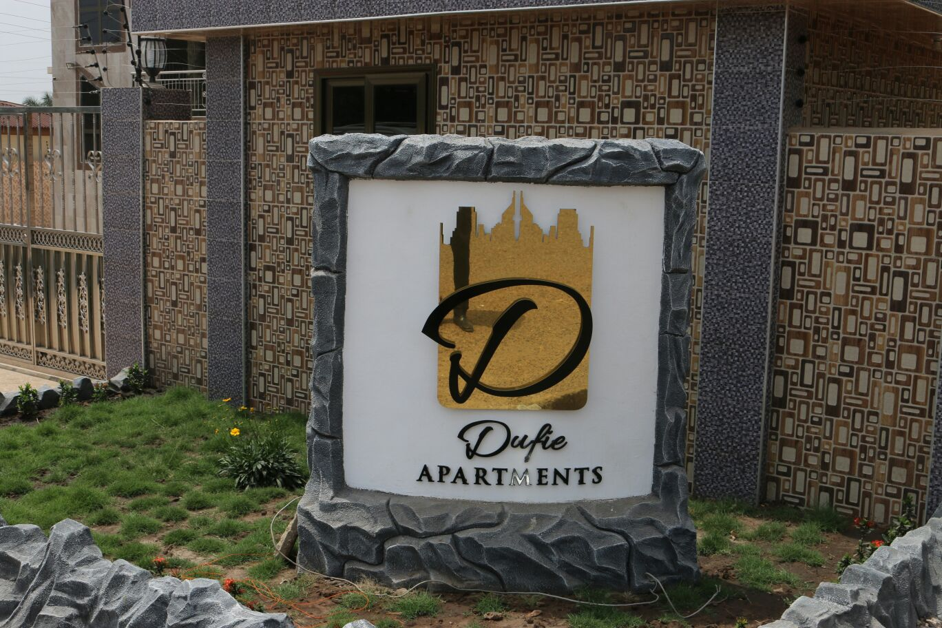 Dufie Apartments